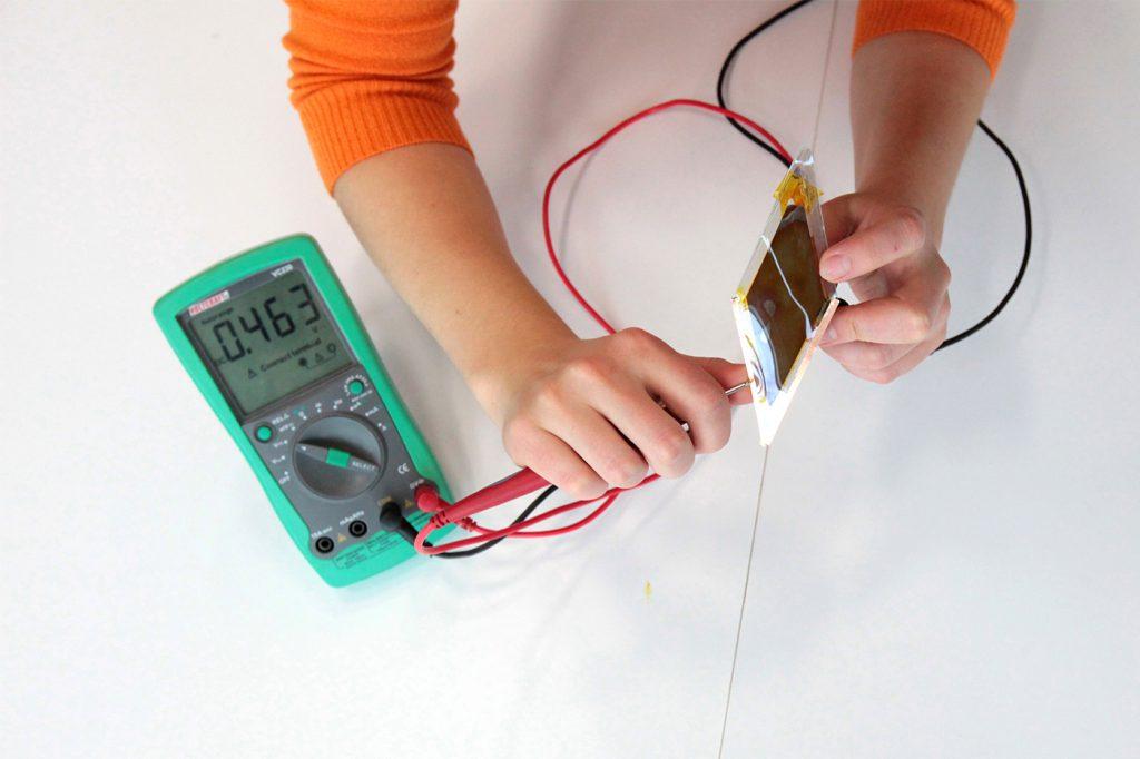 Dye Sensitized Solar Cells Materiability